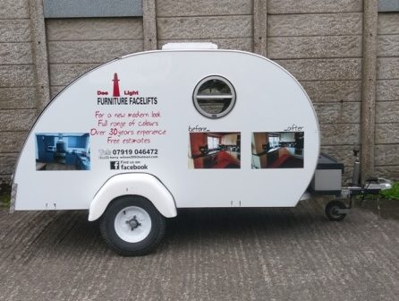 Vehicles Trailer-Dee Light Caravan July 2017